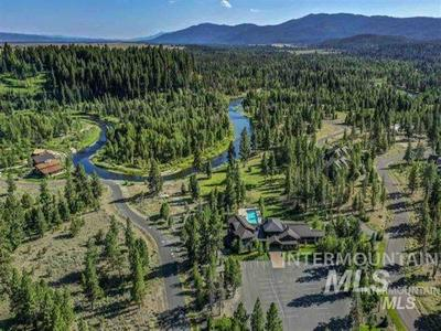 114 FAWNLILLY DR, McCall, ID 83638 - Photo 1
