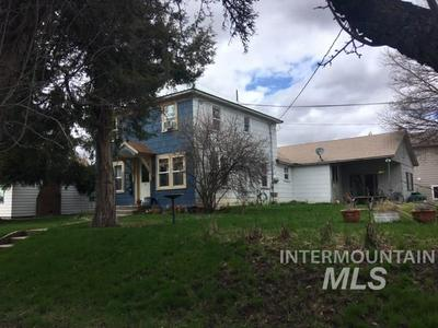 446 LEWIS ST APT 1, Moscow, ID 83843 - Photo 1