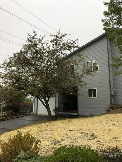 1302 ANDY AVE, Moscow, ID 83843 - Photo 1