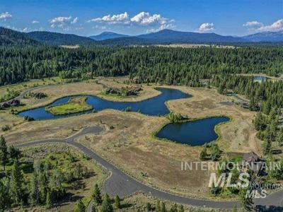114 FAWNLILLY DR, McCall, ID 83638 - Photo 2