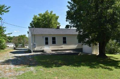 226 SPRINGWOOD DR, Burlington, NC 27215 - Photo 2