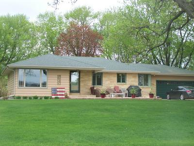 204 LAKE SHORE DR, EMMETSBURG, IA 50536 - Photo 1