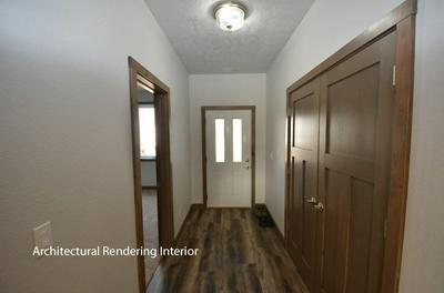 1811 20TH AVE W, SPENCER, IA 51301 - Photo 2