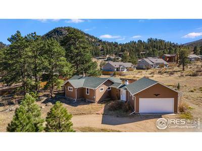 1120 GRIFFITH CT, Estes Park, CO 80517 - Photo 2