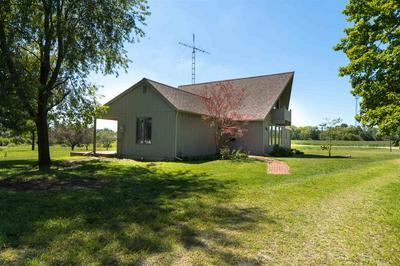 601 S MAIN ST, Farmland, IN 47340 - Photo 2