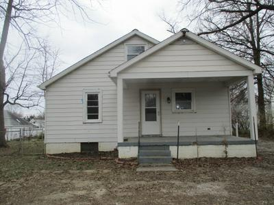611 N 7TH ST, Boonville, IN 47601 - Photo 2