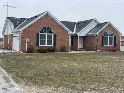 102 DIVISION DR, Tipton, IN 46072 - Photo 1
