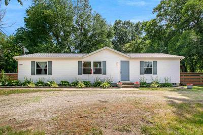 10224 VISTULA RD, Osceola, IN 46561 - Photo 1