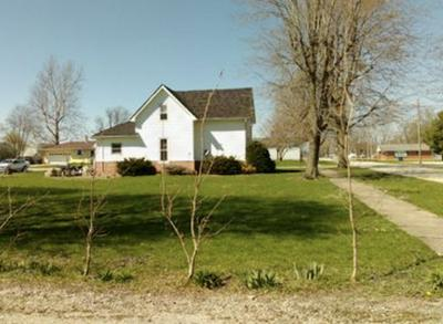 202 S WEST ST, Kempton, IN 46049 - Photo 1