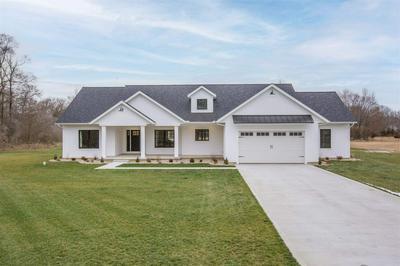 10845 EDISON RD, Osceola, IN 46561 - Photo 1