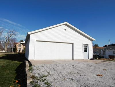 732 DOWLING ST, Kendallville, IN 46755 - Photo 2