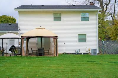 52981 CAMELLIA DR, South Bend, IN 46637 - Photo 2