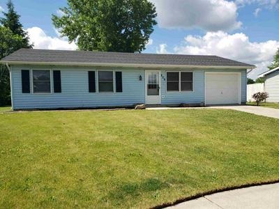 226 KINGSWOOD DR, Kendallville, IN 46755 - Photo 1