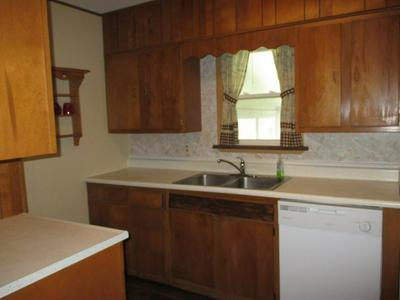 9145 E SNOW WHITE RD, Cromwell, IN 46732 - Photo 2