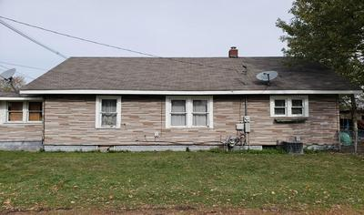 1001 MYRTLE AVE, FRANKFORT, IN 46041 - Photo 2