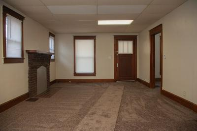 527 N RACE ST, Princeton, IN 47670 - Photo 2