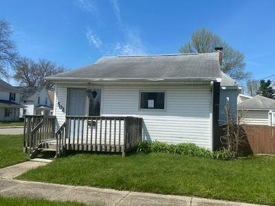 502 E LAWRENCE ST, Mishawaka, IN 46545 - Photo 2
