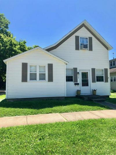 705 S PERRY ST, ATTICA, IN 47918 - Photo 1