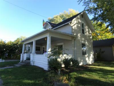 203 E 19TH ST, Auburn, IN 46706 - Photo 1