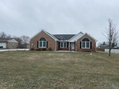 102 DIVISION DR, Tipton, IN 46072 - Photo 2