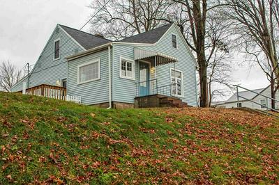 251 W VINE ST, Roanoke, IN 46783 - Photo 2