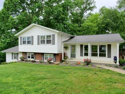 13259 DOVER HILL RD, Loogootee, IN 47553 - Photo 2