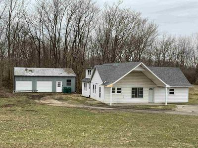 7501 S RIVER RD, Daleville, IN 47334 - Photo 2