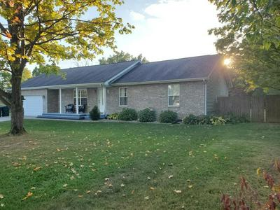 1413 N STOCKPORT DR, Muncie, IN 47304 - Photo 2