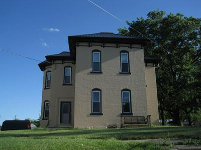 209 W BUTLER ST, Fort Recovery OH, OH 45846 - Photo 1