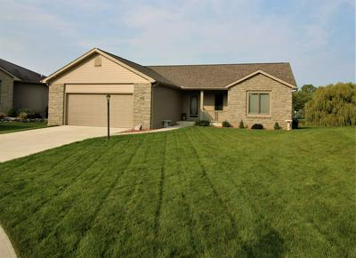 314 LAURELWOOD LN, Kendallville, IN 46755 - Photo 1