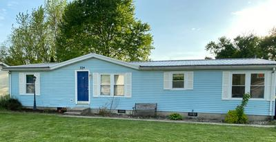 324 MERCHANT ST, Bluffton, IN 46714 - Photo 1