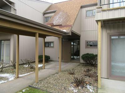 2005 WATERVIEW CT APT B, South Bend, IN 46637 - Photo 1