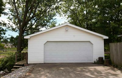 534 DOWLING ST, Kendallville, IN 46755 - Photo 2