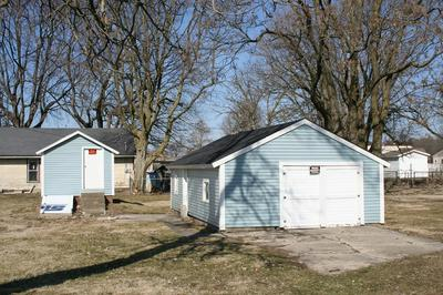 1359 HAWTHORNE AVE, Frankfort, IN 46041 - Photo 1
