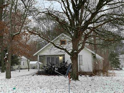 52075 CLOVER TRL, Granger, IN 46530 - Photo 1