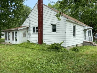 100 VETERANS WAY, Kendallville, IN 46755 - Photo 2