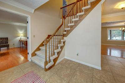 15537 BENNINGTON PL, GRANGER, IN 46530 - Photo 2
