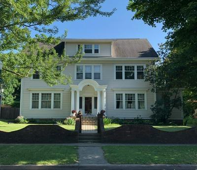 416 E DIAMOND ST, Kendallville, IN 46755 - Photo 1