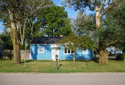 602 N WABASH AVE, Hartford City, IN 47348 - Photo 1