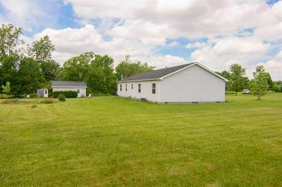 11605 E GREGORY RD, Albany, IN 47320 - Photo 2