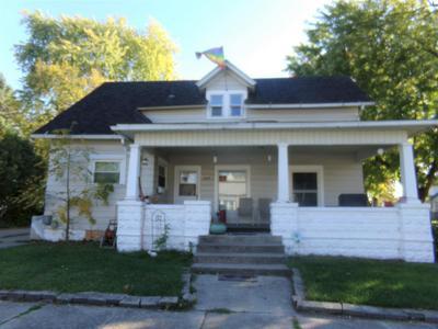 203 E 19TH ST, Auburn, IN 46706 - Photo 2