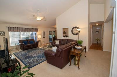 18100 ANNETTAS CT, South Bend, IN 46637 - Photo 2