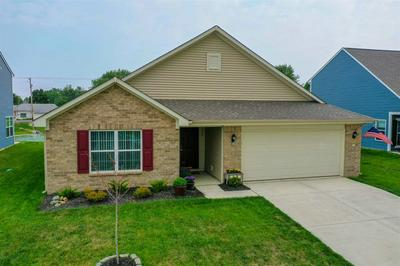 1726 SHADOWBROOK DR, Marion, IN 46953 - Photo 1