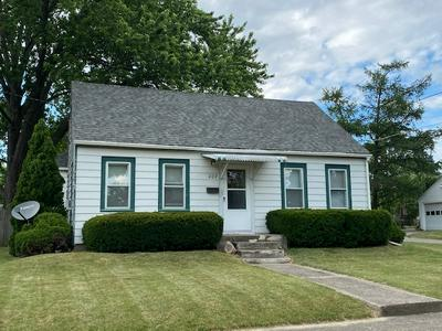 207 E GROVE ST, Kendallville, IN 46755 - Photo 1
