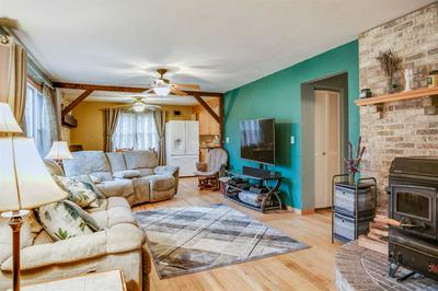 20580 QUARLES RD, Lakeville, IN 46536 - Photo 2