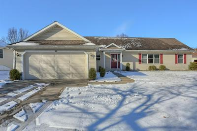 615 PARKER ST, Warsaw, IN 46580 - Photo 2
