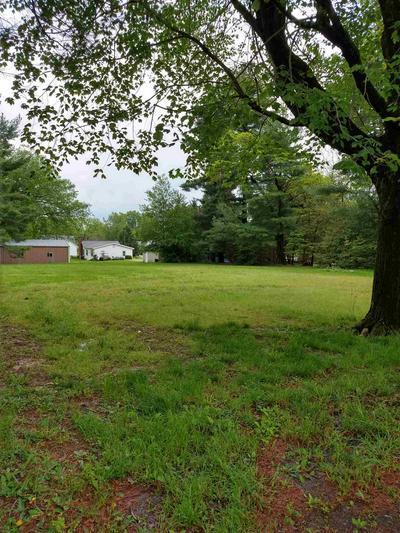 203 S SYCAMORE ST, Huntingburg, IN 47542 - Photo 1