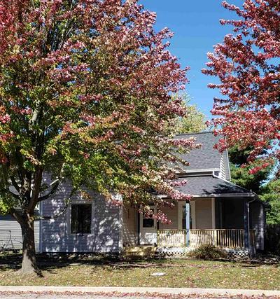 812 E 9TH ST, Auburn, IN 46706 - Photo 2