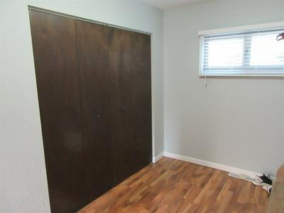 2025 WATERVIEW CT APT B, South Bend, IN 46637 - Photo 2