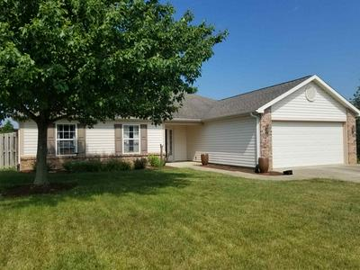 504 MARQUIS CIR, Dayton, IN 47941 - Photo 2